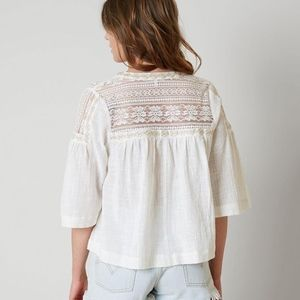 Gimmick Embroidered Woven Lace Top